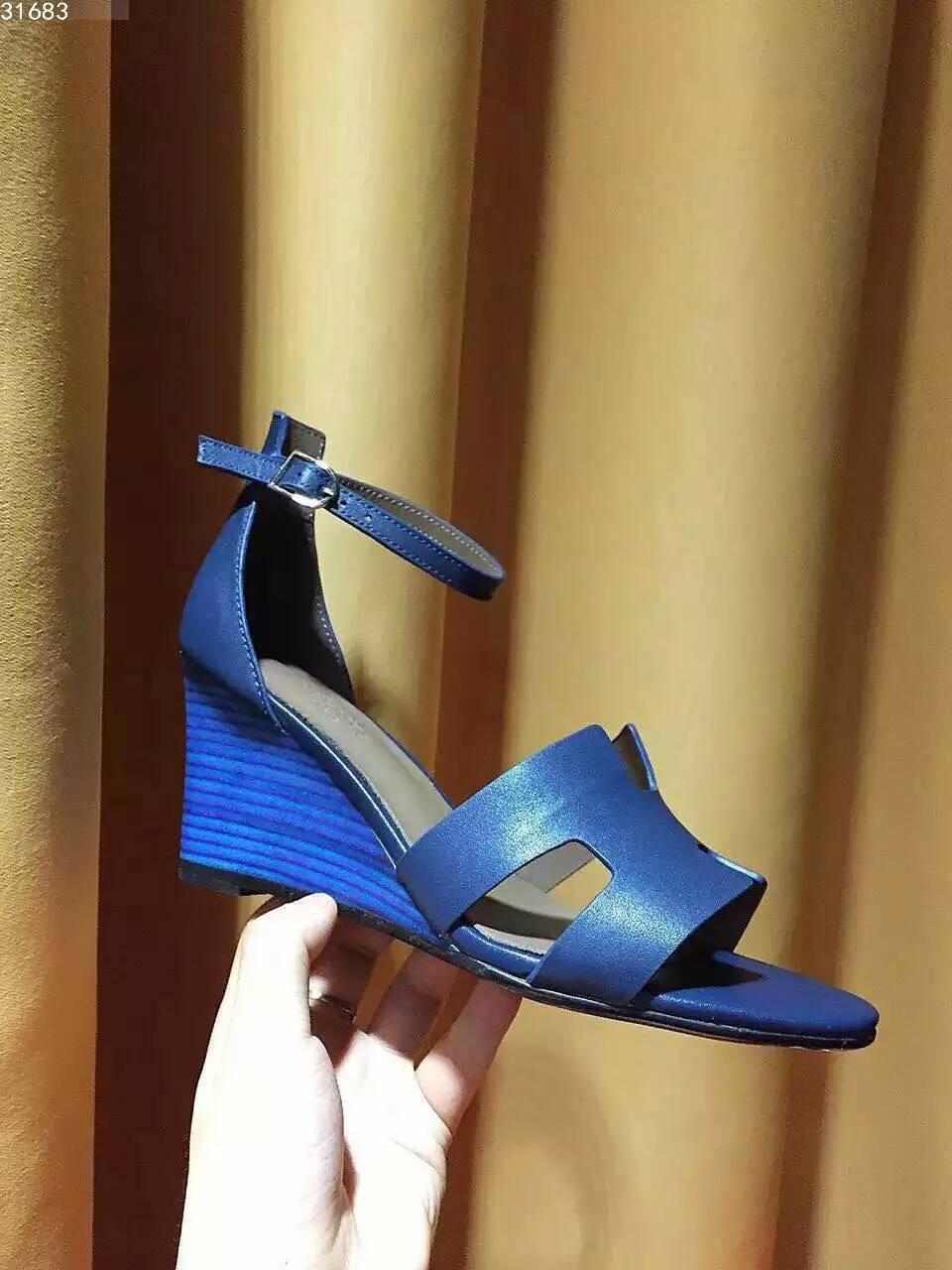 Hermes坡跟凉鞋