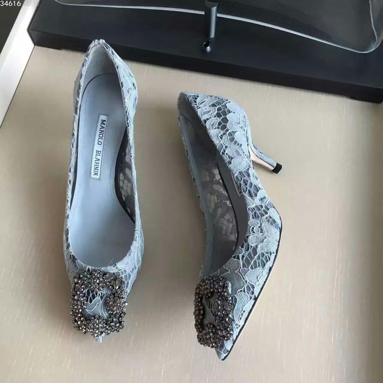 蕾丝高跟鞋